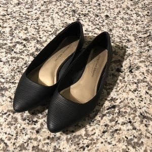 Christian Siriano black pointed toe flats wide
